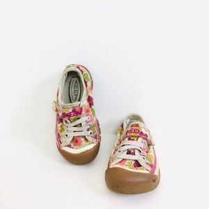 Keens Girls Floral Sneakers Slip On Stretchy Laces